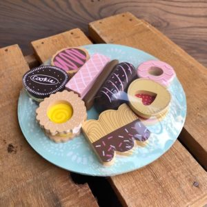 Biscuit and Plate Set