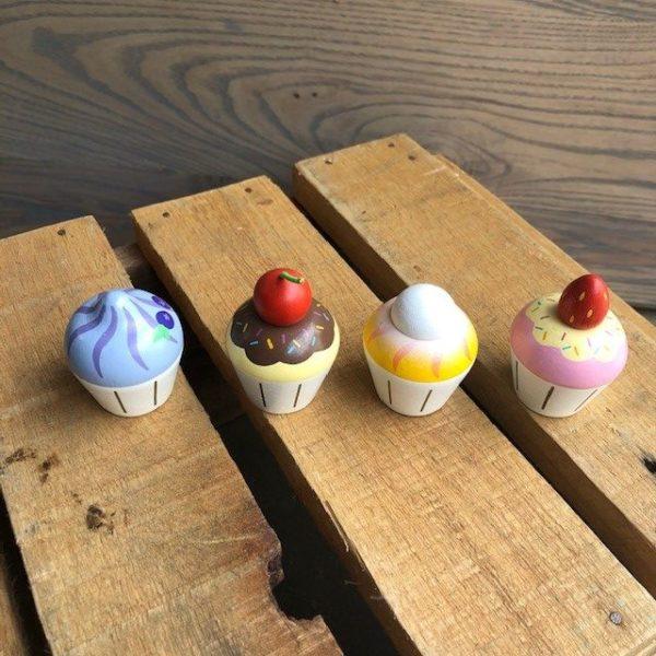 Wooden Cupcake Set